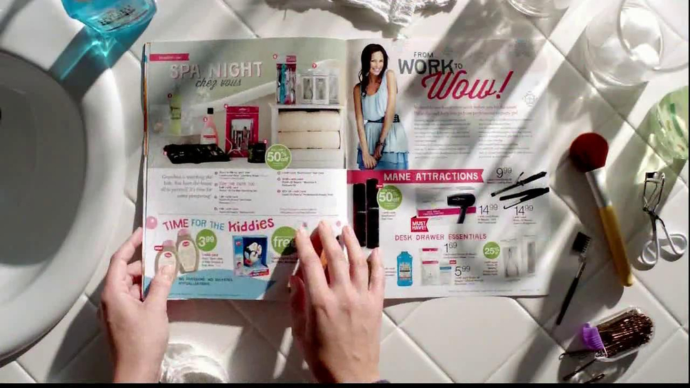 Walgreens Happy and Healthy Magazine TV Spot, 'Taylor Swift' - Screenshot 5