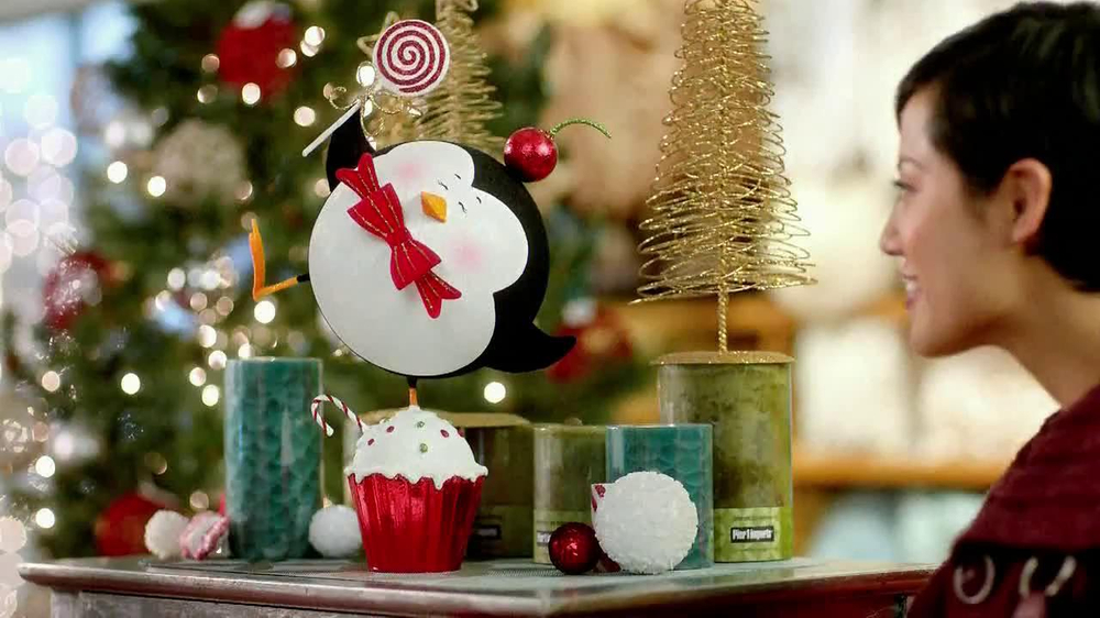 Pier 1 Imports TV Spot, 'Penguin in Smooshed in a Cupcake' - Screenshot 2