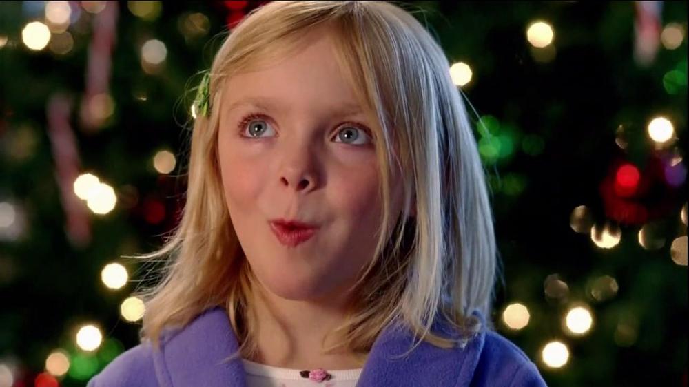 Hershey's Kisses TV Spot, 'Jingle Bells' - Screenshot 9