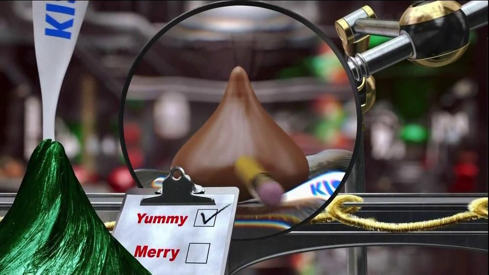Hershey's Kisses TV Spot, 'Jingle Bells' - Screenshot 2