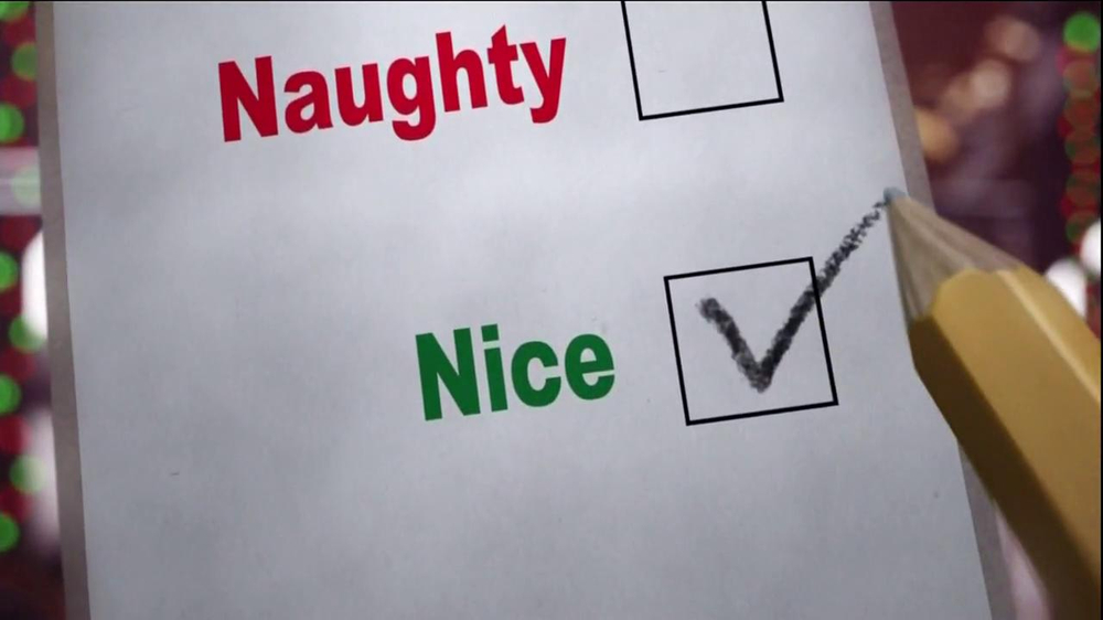 Hershey's Kisses TV Spot, 'Jingle Bells' - Screenshot 6