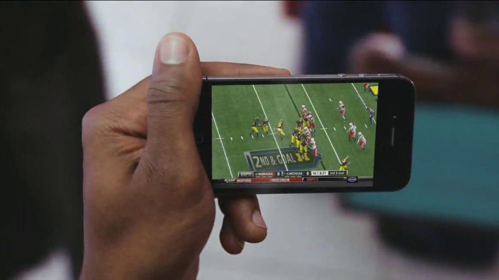Watch ESPN App TV Spot, 'Store Models' - Screenshot 4