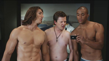 Watch ESPN App TV Spot, 'Store Models' - Thumbnail 8
