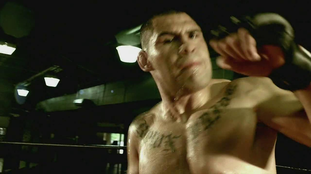 MetroPCS TV Spot Featuring Cain Velasquez - Screenshot 5