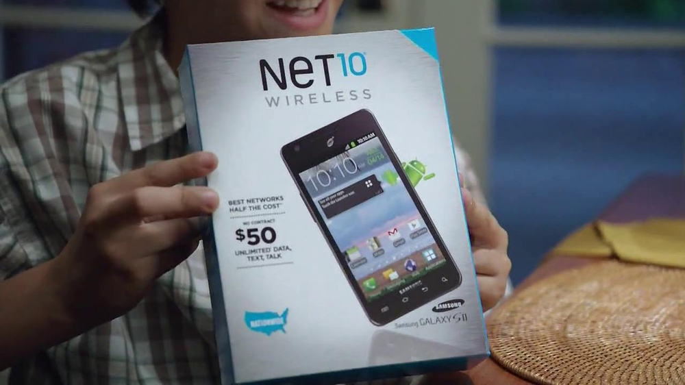 Net10 Wireless TV Spot, 'Dinner Table' - Screenshot 2