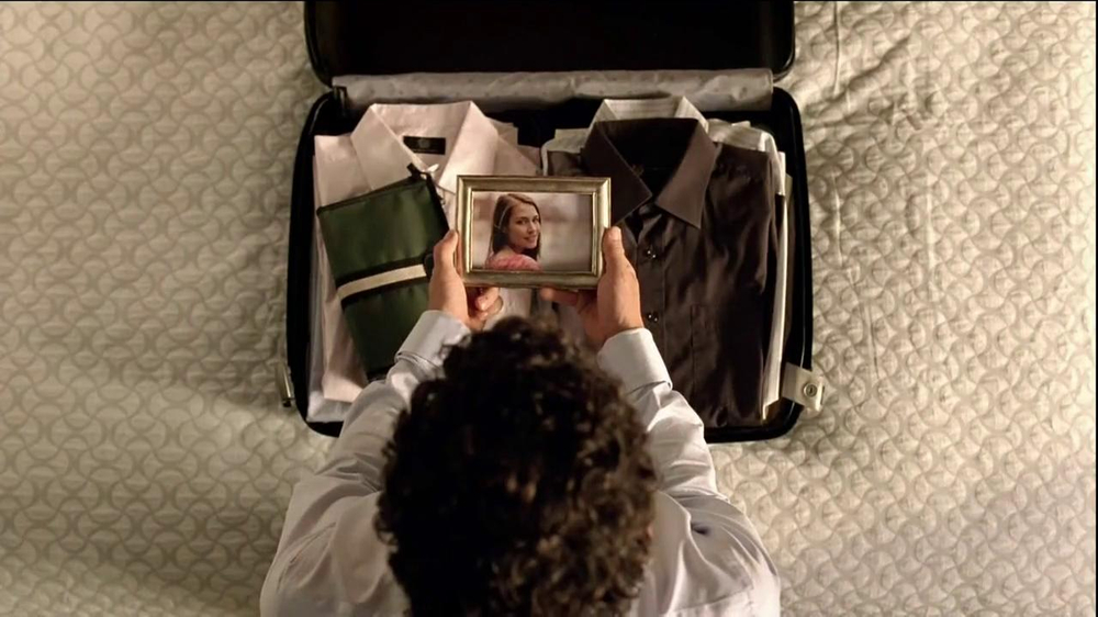 Hilton HHonors TV Commercial, 'Picture Frame' - iSpot.tv