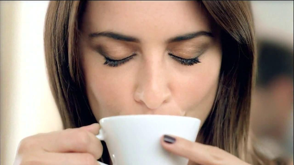 Nespresso TV Spot Featuring Penelope Cruz, Song by Lana Del Rey - Screenshot 9