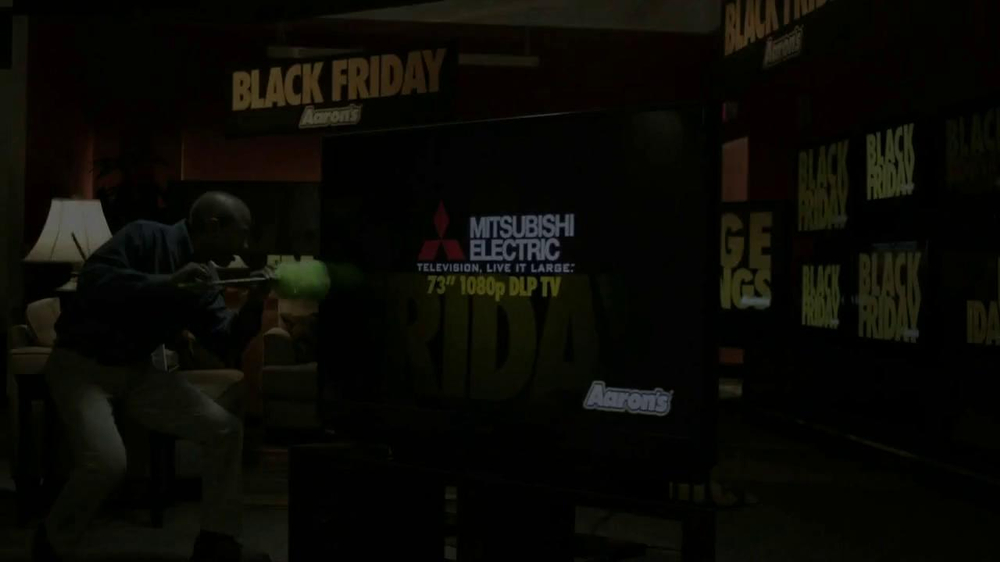 Aaron's Black Friday TV Spot, 'Dusting'  - Screenshot 1