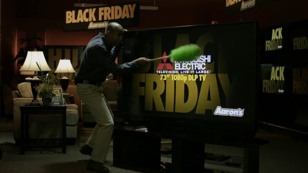 Aaron's Black Friday TV Spot, 'Dusting'  - Screenshot 2