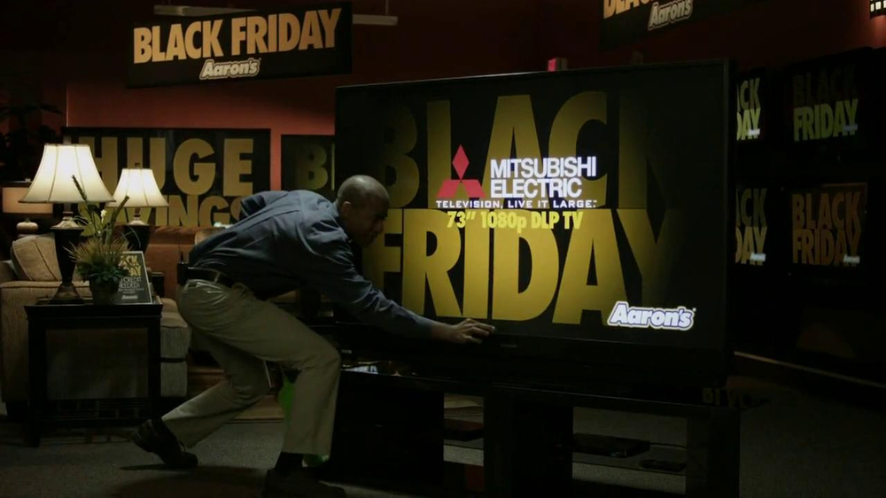 Aaron's Black Friday TV Spot, 'Dusting'  - Screenshot 3