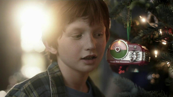 Hallmark TV Spot, 'Christmas Radio Ornament'