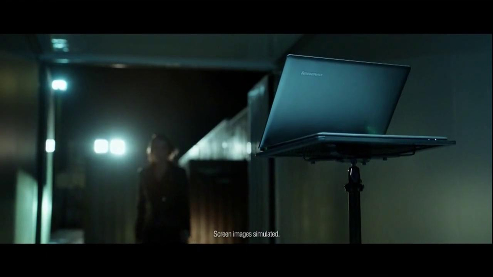 Windows 8 Lenovo IdeaPad TV Spot, 'Yoga' - Screenshot 2