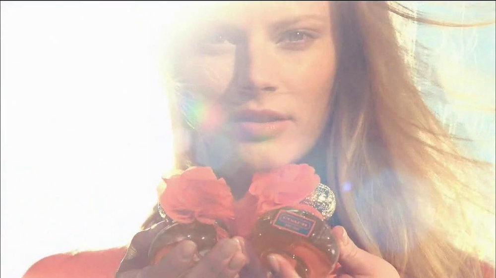 Coach Poppy Fragrance Collection TV Spot  - Screenshot 5