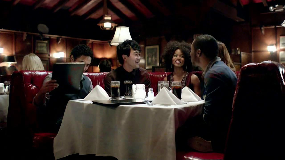 Taco Bell Double XXL Steak Nachos TV Spot  - Screenshot 3