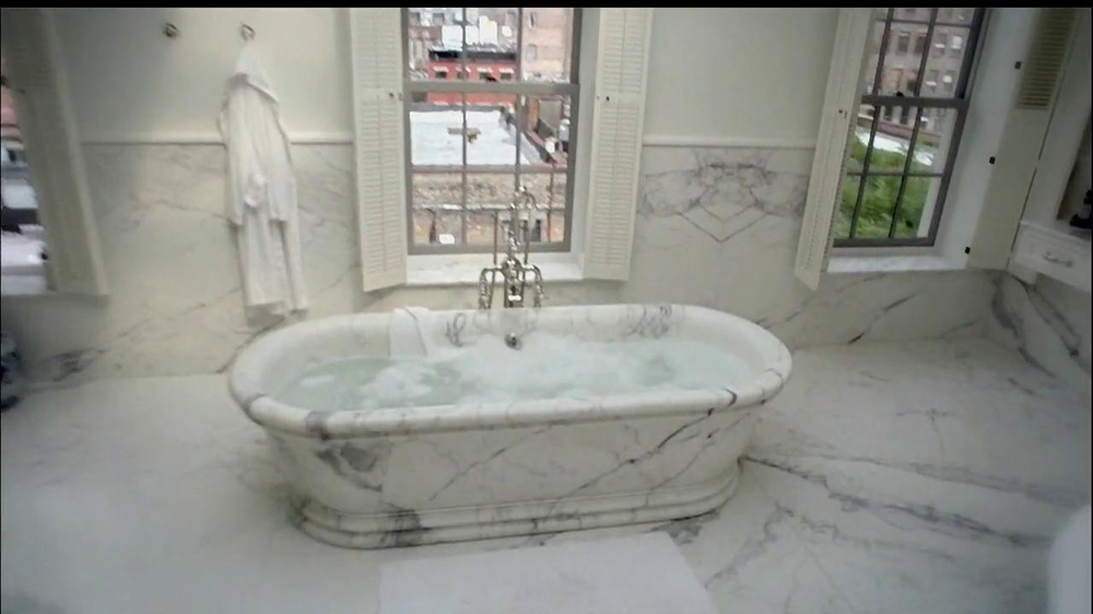 The wall street journal mansion tv commercial 39 bathroom for Wall street journal mansion
