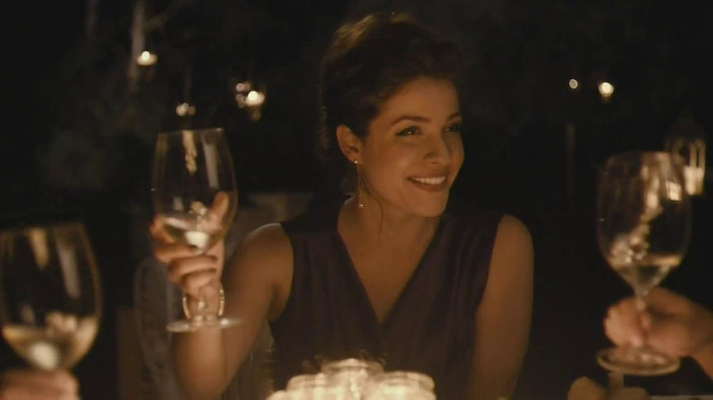 Forevermark TV Spot, 'Center of My Universe' - Screenshot 4