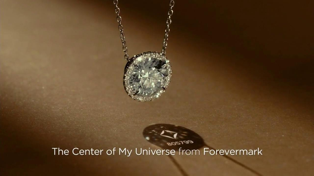 Forevermark TV Spot, 'Center of My Universe' - Screenshot 8