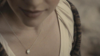 Forevermark TV Spot, 'Center of My Universe' - Thumbnail 6