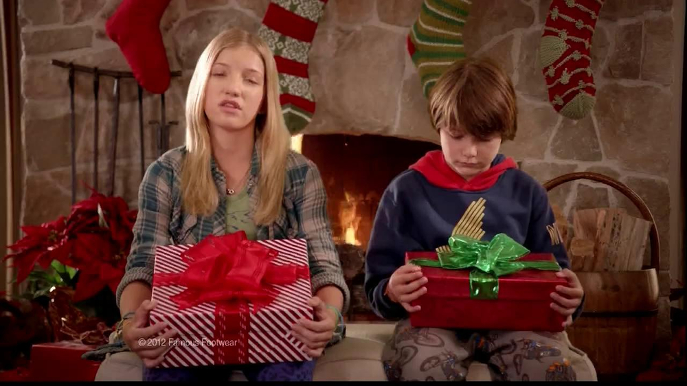 Famous Footwear TV Spot, 'Christmas'