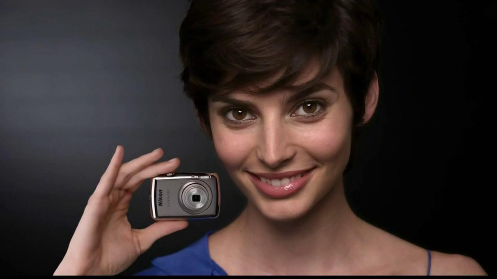 Nikon Coolpix S01 TV Spot Feating Ashton Kutcher - Screenshot 9