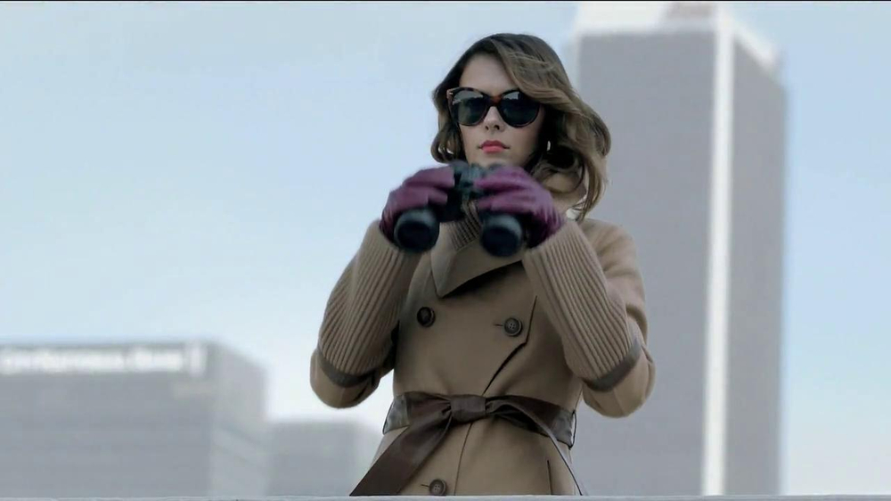TJ Maxx, Marshalls and HomeGoods TV Spot, 'The Gifter' Featuring Olga Fonda - Screenshot 2