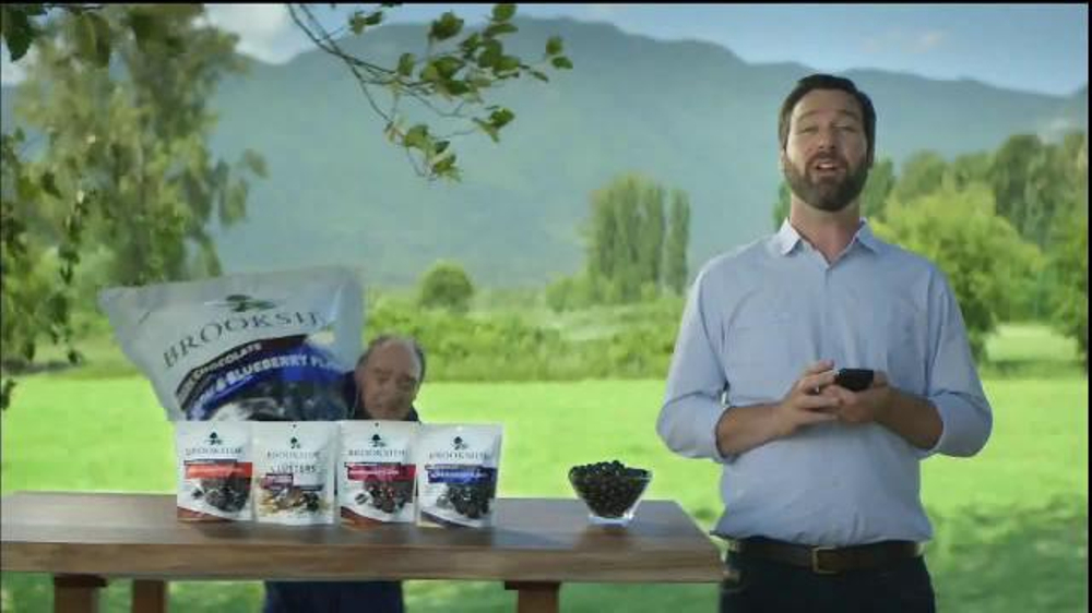 Brookside Chocolate TV Spot, 'Read All About It' thumbnail