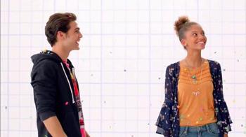 JCPenney Venta Hot de Regreso a Clases TV Spot, 'La escuela' [Spanish]