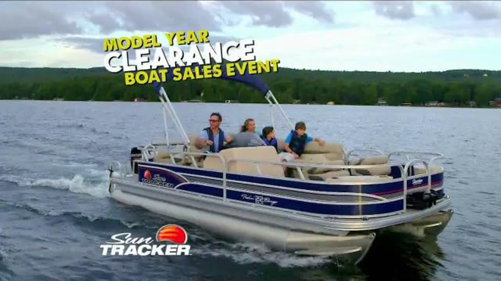 The all-welded TRACKER ® GRIZZLY ® Jon is a tough and highly versatile aluminum jon boat ready to be outfitted for fishing, hunting or general-purpose boating.