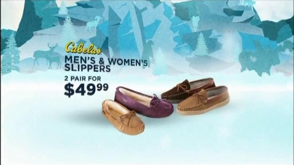 Cabela's Christmas Sale TV Spot, 'Slippers'  - Screenshot 5