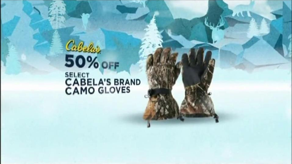 Cabela's Christmas Sale TV Spot, 'Slippers'  - Screenshot 6