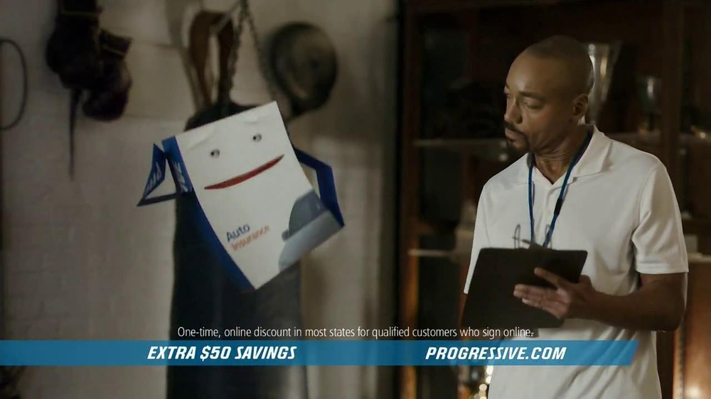 Progressive TV Spot 'The Box' - Screenshot 5