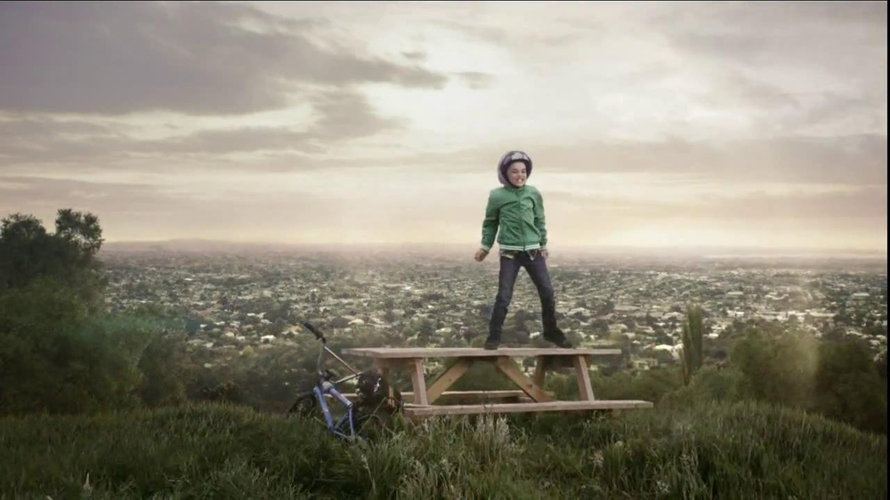 Quaker Oats TV Spot, 'The Hill' - Screenshot 10