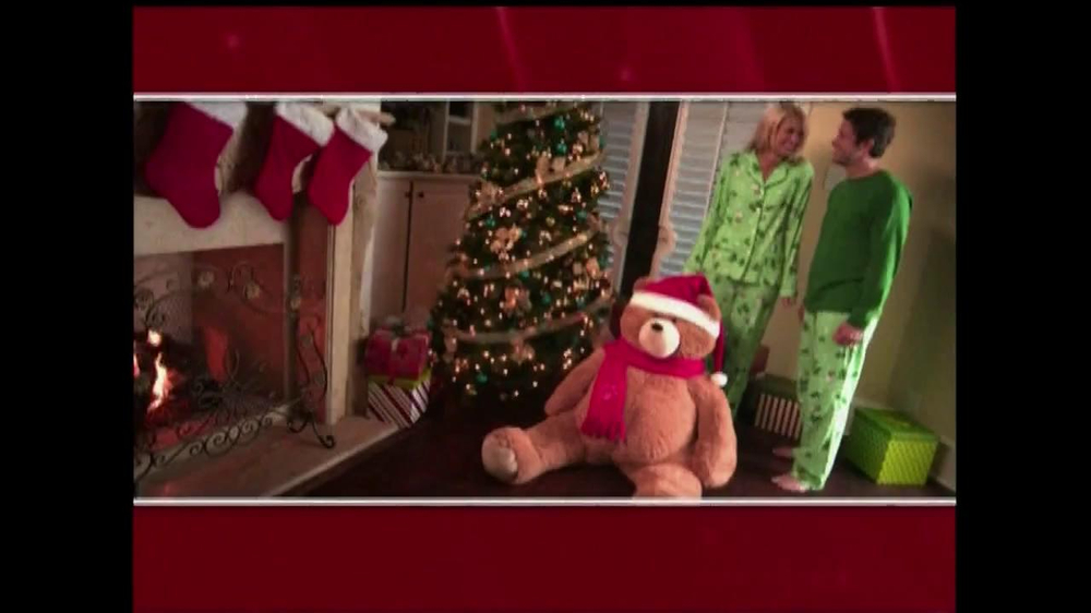 Vermont Teddy Bear TV Spot, 'Holiday' - Screenshot 1