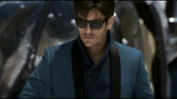 H&M Blazer TV Spot, 'Helicopter'