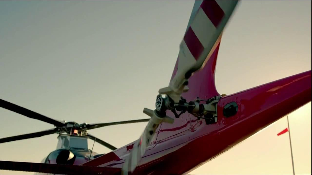 T-Mobile TV Spot, 'Helicopter' Song by Queens of the Stone Age - Screenshot 1