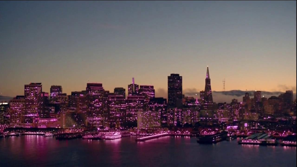 T-Mobile TV Spot, 'Helicopter' Song by Queens of the Stone Age - Screenshot 5