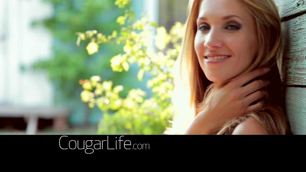 Cougarlife.com TV Spot, 'Cougar Life in the City' - Screenshot 5