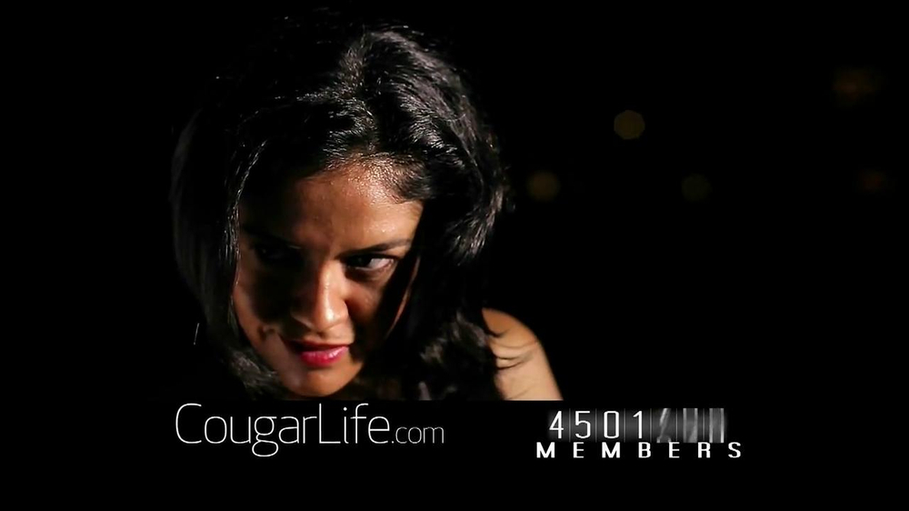 Cougarlife.com TV Spot, 'Cougar Life in the City' - Screenshot 7