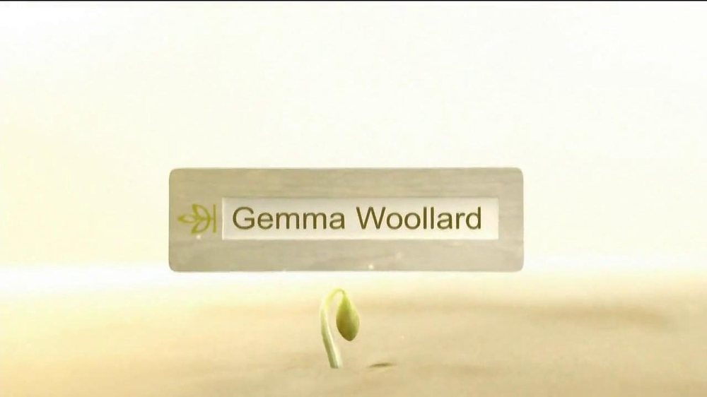 Ancestry.com TV Spot, 'Box: Gemma Woollard' - Screenshot 1