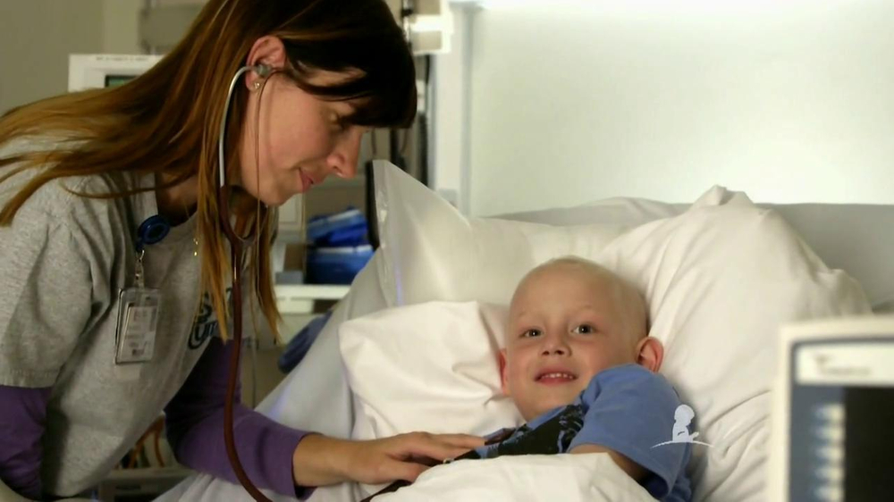 St. Jude Children's Research Hospital TV Spot 'Give Thanks' - Screenshot 3