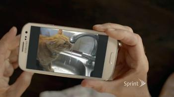 Sprint TV Spot, 'Animals Sing Deck the Halls' - Thumbnail 4