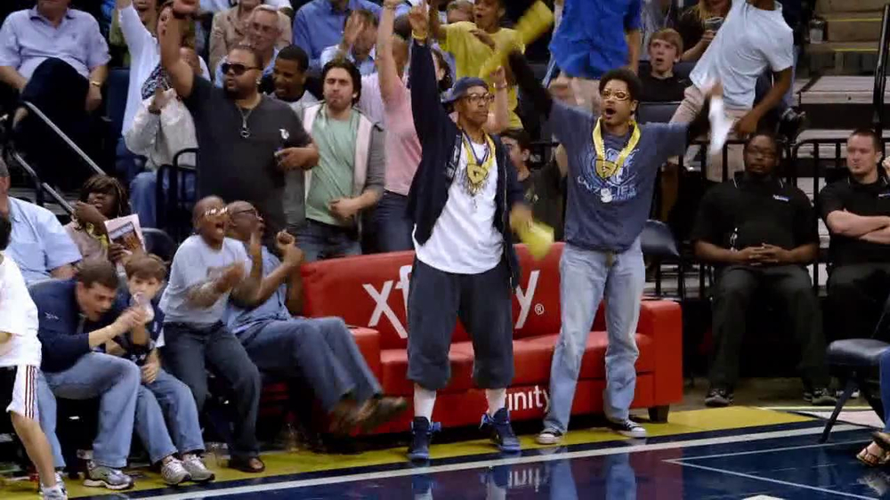 XFINITY NBA League Pass TV Spot, 'Special Holiday Price' - Screenshot 5
