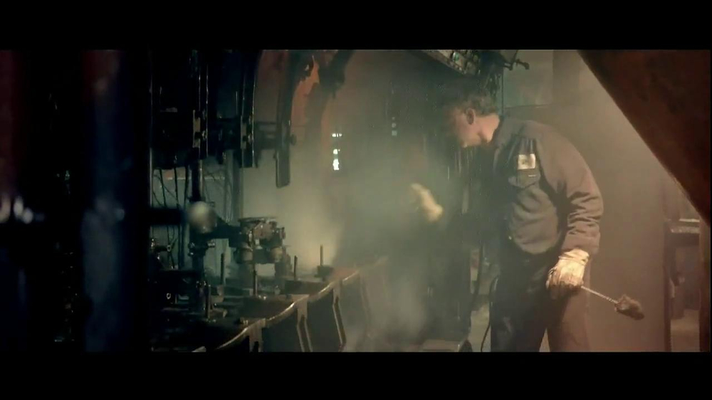 Walmart TV Spot, 'Working Man' Song by Rush - Screenshot 3