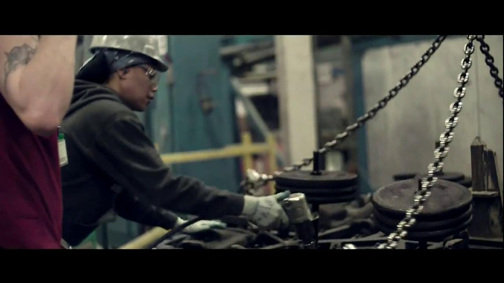 Walmart TV Spot, 'Working Man' Song by Rush - Screenshot 5