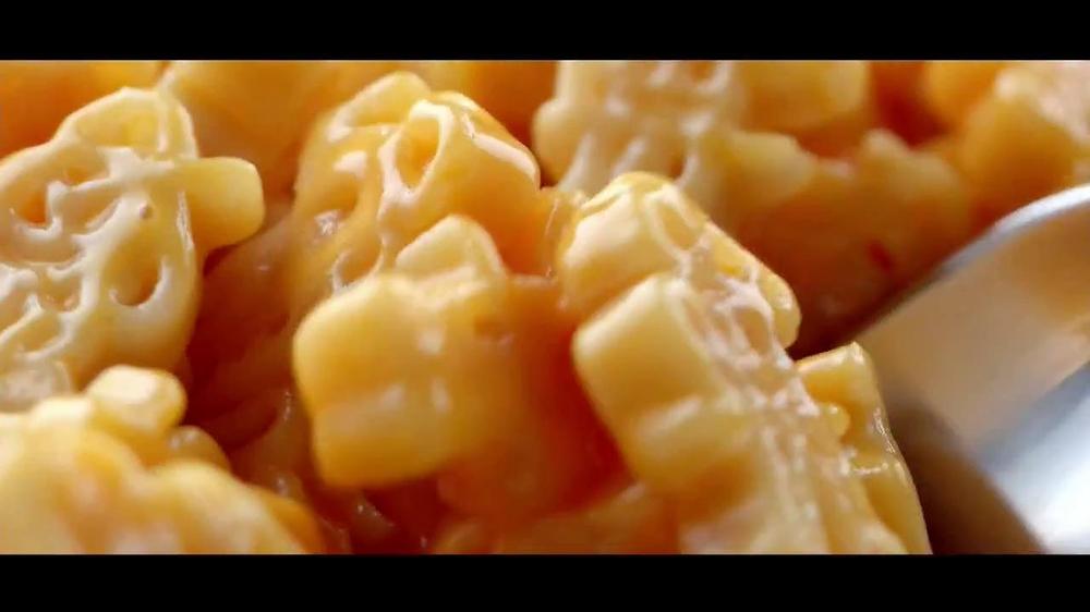 Kraft Macaroni & Cheese TV Spot, 'Go Ninja, Go' Featuring Vanilla Ice - Screenshot 9