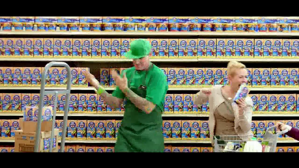 Kraft Macaroni & Cheese TV Spot, 'Go Ninja, Go' Featuring Vanilla Ice - Screenshot 6