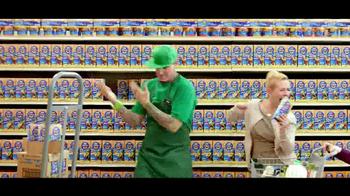 Kraft Macaroni & Cheese TV Spot, 'Go Ninja, Go' Featuring Vanilla Ice - Thumbnail 6