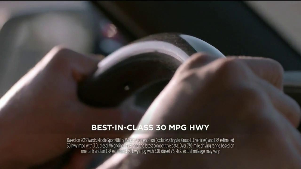 2014 Jeep Grand Cherokee TV Spot, 'Run Away' - Screenshot 5