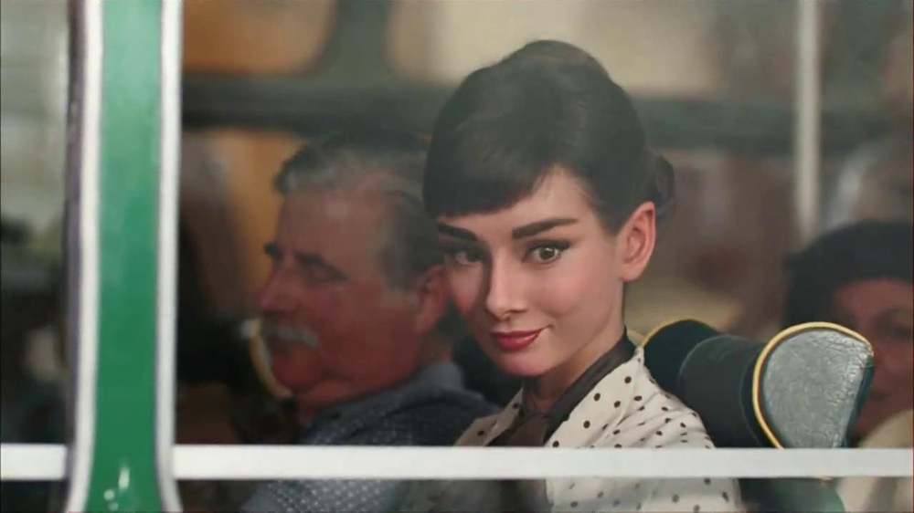 Dove Dark Chocolate TV Spot, 'Audrey Hepburn' - Screenshot 4