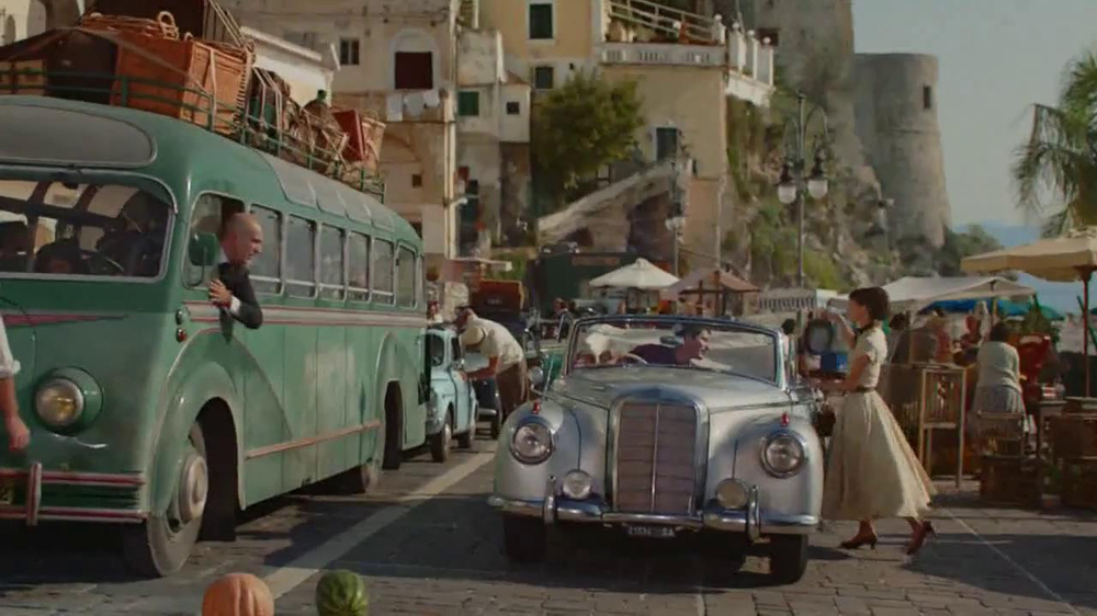 Dove Dark Chocolate TV Spot, 'Audrey Hepburn' - Screenshot 7
